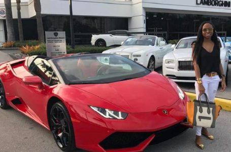 Jenny Ambuila dijo que compró Lamborghini gracias a ser influenciadora en redes